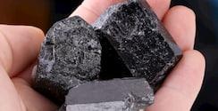 piedras turmalina negra