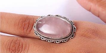 anillos de piedras energéticas
